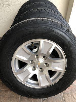 Photo Chevy Silverado Suburban Tahoe 2019 wheels and tires Goodyear wrangler Kevlar AT 245/75/17