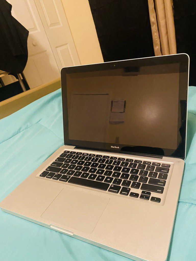 MacBook Lattes 08