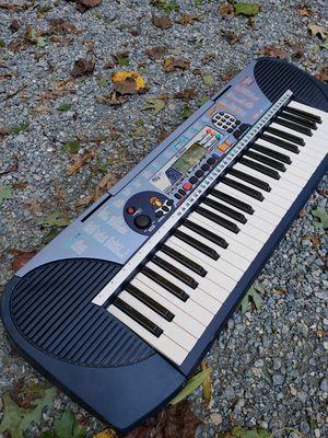 Yamaha PSR-140 Electric Keyboard Piano for Sale in Glen Allen, VA