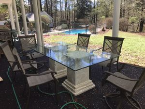 Photo 6 seat outdoor dining set