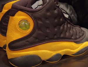 Photo Jordan Retro 13 'Melo Class of 2002' size 12