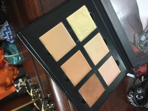Anastasia Beverly Hills Cream Contour Palette for Sale in Herndon, VA