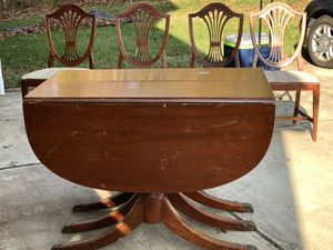 Antique Drop Leaf Dining Table and Chairs for Sale in Clinton, MD
