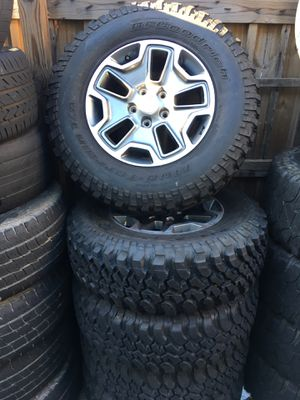 """All 5 JEEP WRANGLER 17"""" WHEELS AND TIRES ,,TIRES LIKE NEW,,, for Sale in Atlanta, GA"""