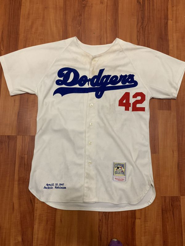 """lower price with 12ddc 640e1 Jackie Robinson """"42"""" Dodgers Jersey (Mitchell & Ness) for Sale in Oakland,  CA - OfferUp"""