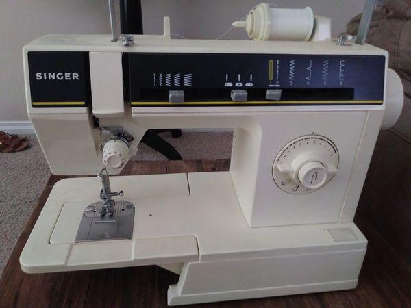 Singer Sewing Machine 6212c