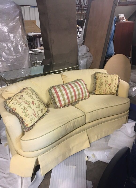 Thomasville Furniture Sofa New Factory Sample