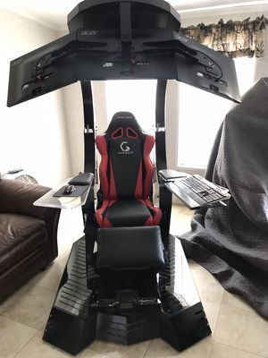 "Workstation, Gaming, Day-trading chair With 3 27"" brand new for Sale in Winter Park, FL"