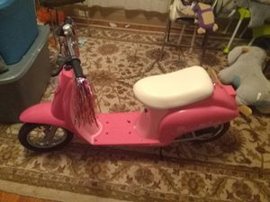 Girls Scooter Electronic!! for Sale in Watertown, NY
