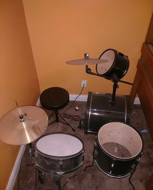 6 PC youth drum set with stool for Sale in Orlando, FL