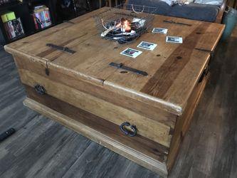 Trunk/Coffee table Thumbnail