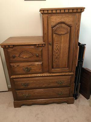 Wood 2Tier Dresser for Sale in Alexandria, VA