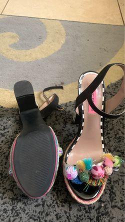 Women shoes Thumbnail