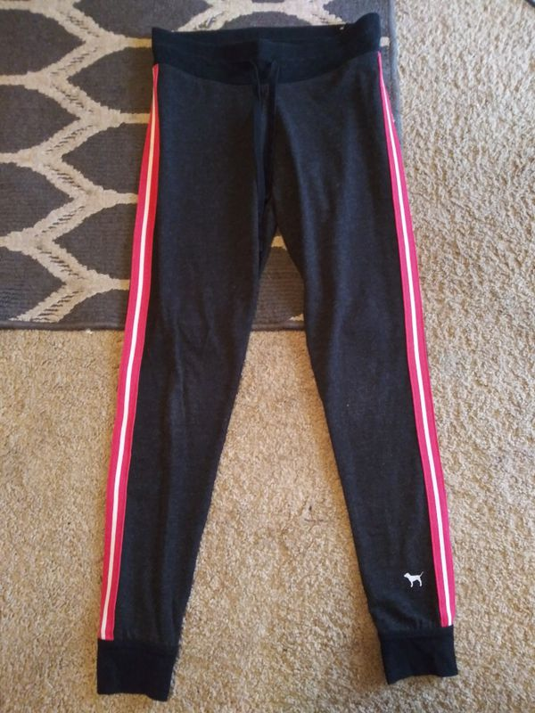 e42457a44cf8c Victoria's Secret Pink Yoga Pants Small for Sale in Portage, IN ...