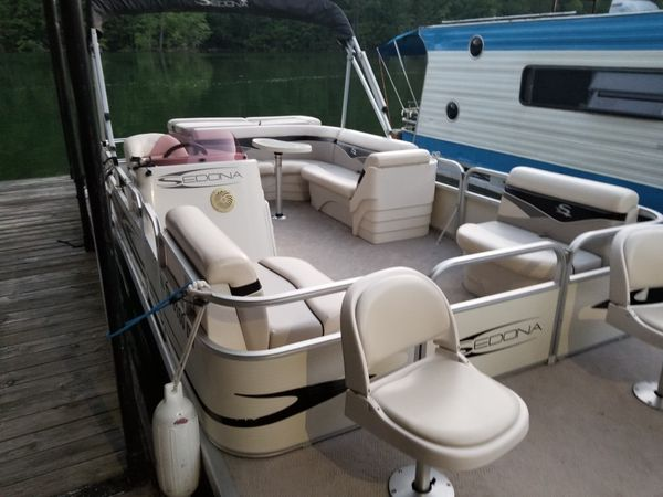 2007 sedona pontoon 50 yamaha 2 stroke with trailer