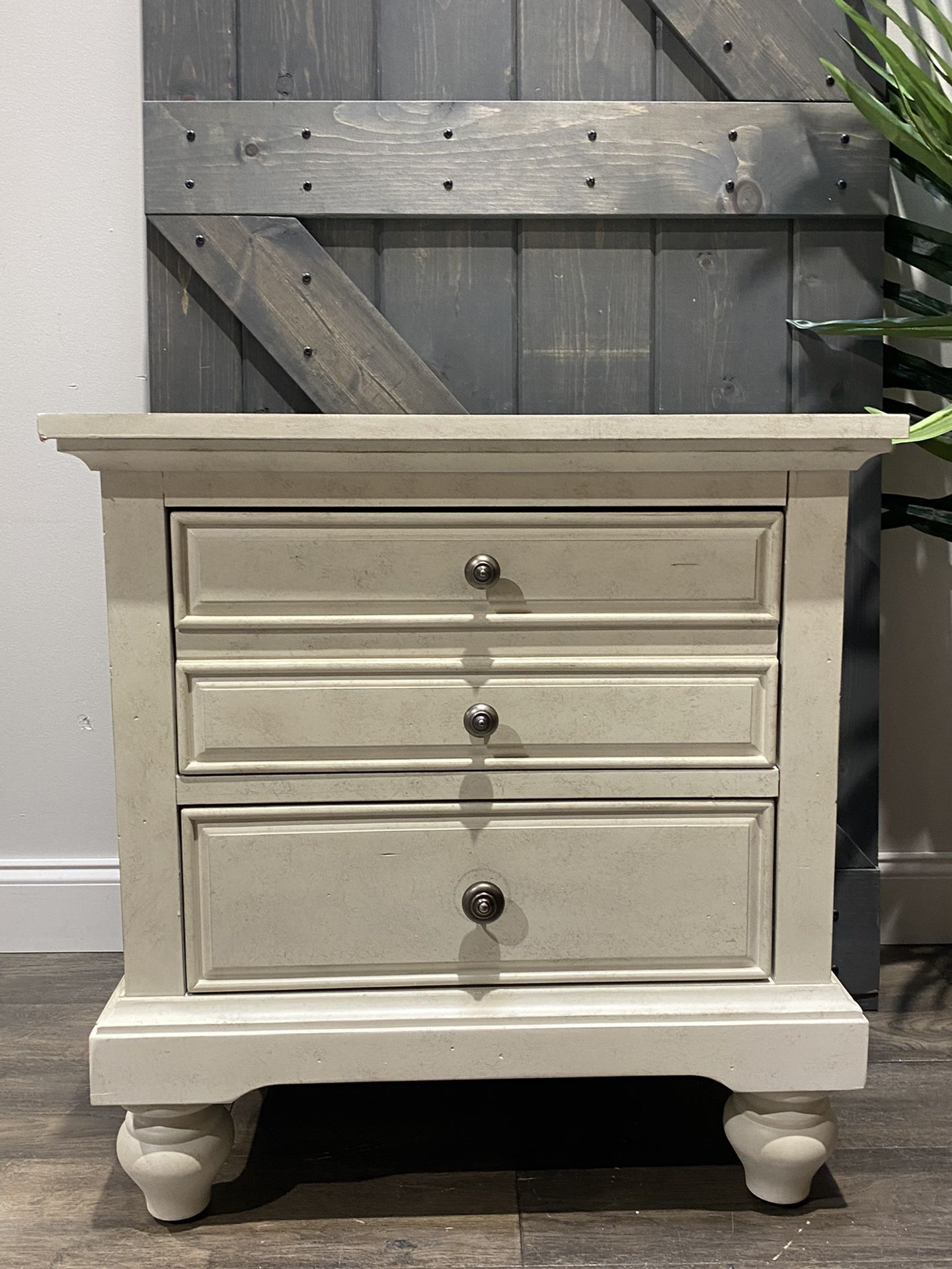 """{ONE} Philomena 2 - Drawer Nightstand in Antique White. Minor wear. 29"""" x 28"""" x 17"""". Solid + manufactured wood. MSRP $357. our price $195 + sales tax"""