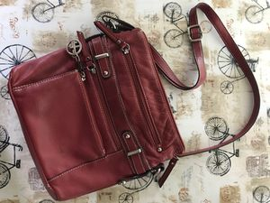 Red Genuine Leather Purse - Giani Bernini for Sale in Gaithersburg, MD