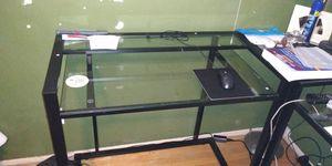 Photo Desk & Vizio 32 inch Flat Screen TV $300 For Both