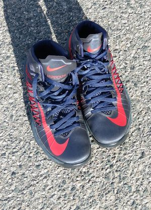 outlet store b9dc4 f523a Nike Hyperdunk high top sneakers. Size 9 for Sale in Quincy, MA