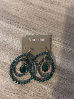 Earrings Thumbnail