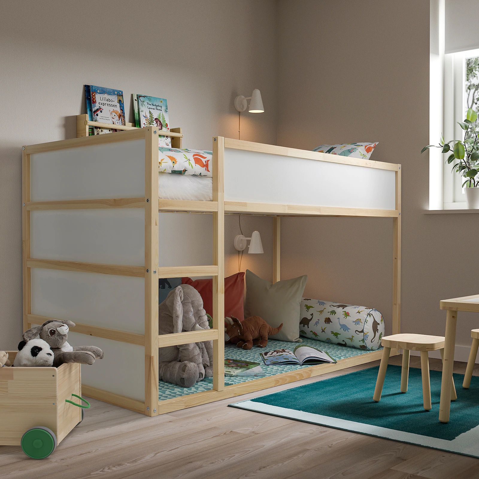 Twin Bed Reversible White/Pine