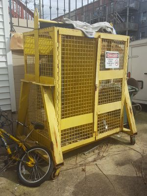 Metal tool box / cage for Sale in Washington, DC