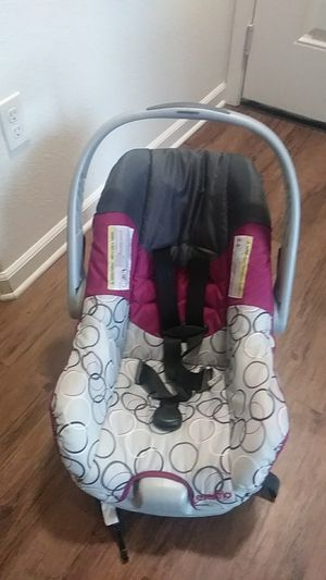 Infant car seat for Sale in Sacramento, CA