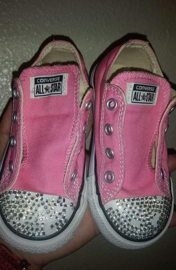 69f513491ebf Toddler girl pink converse size 7 (rhinestones