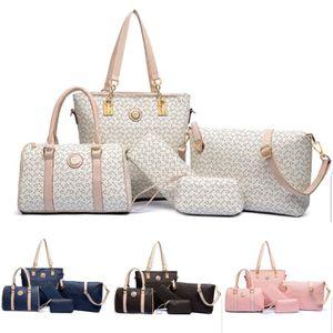 5pcs Women handbag set for Sale in Orlando, FL