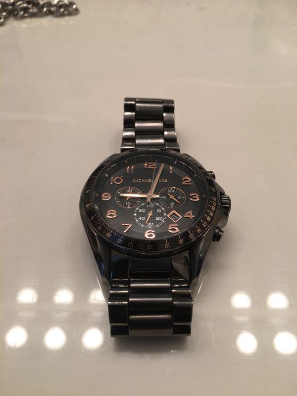 30d7ef7e8610 Michael Kors MK8255 Men s Bradshaw Grey Dial Gunmetal Steel Chronograph  Watch
