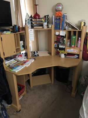 Free desk with hutch for Sale in West Springfield, VA