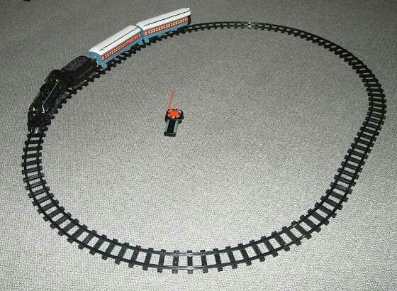 POLAR EXPRESS LARGE READY TO PLAY TRAIN SET