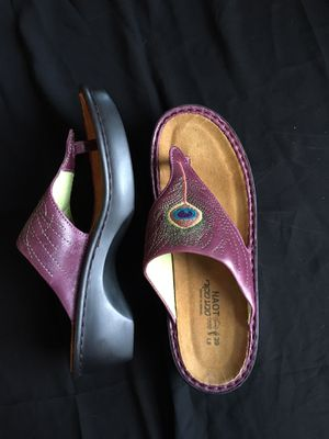 Naot Purple Leather Thong Sandals with Embroidered Peacock Feather, NWOB for Sale in Washington, DC