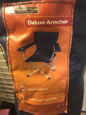 Deluxe Folding Armchair for Sale in Dallas, TX