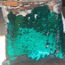 Decorating Pillow Thumbnail
