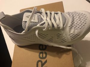 New WHITE Reebok print smooth clip size 7 for Sale in Joliet 6bb5f9847