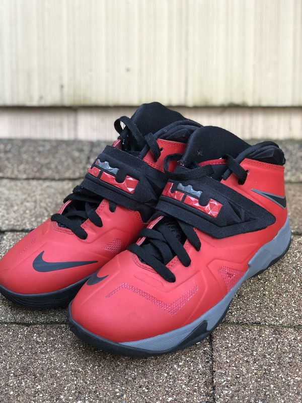 3be595f364f43 NIKE Lebron Soldier 7s (VII) for Sale in Seattle