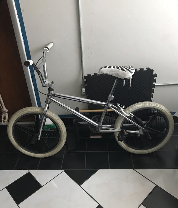3497a1529571 Old School GT BMX BIKE Chrome Black White Rare!!! for Sale in ...