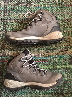Merrell Capra Gore Tex Hiking Boots (8.5 Women) Oak Bay