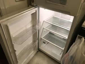 Whirlpool Fridge in Good Condition for Sale in Washington, DC