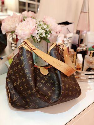 Louis Vuitton Delightful Monogram MM Brown for Sale in Rockville, MD