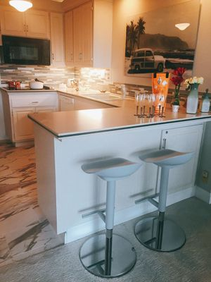 Bar stools, adjustable height for Sale in VA, US