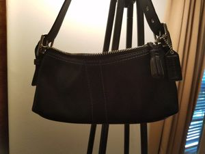 Auth COACH small satchel for Sale in North Potomac, MD