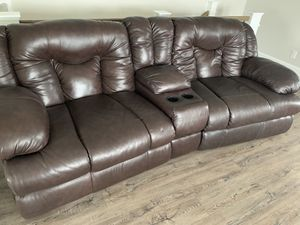 Sensational New And Used Sofa For Sale In Wilmington Nc Offerup Home Interior And Landscaping Palasignezvosmurscom