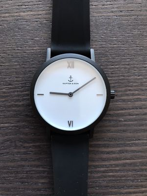 Kapten and son watch unisex 38mm interchangeable strap black, WORN ONCE! No box for Sale in New York, NY