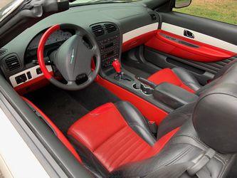2002 Ford Thunderbird Thumbnail