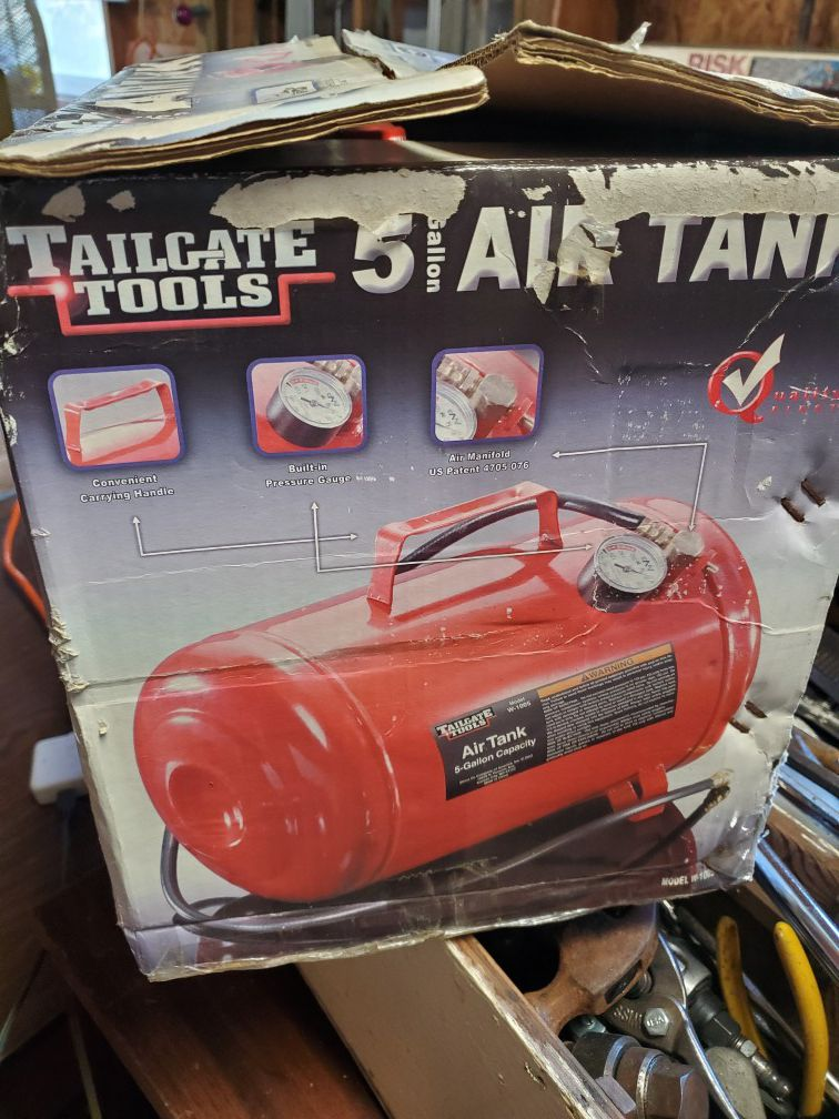 Tail gate tools