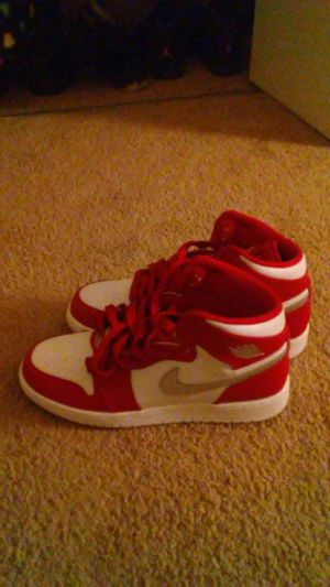 Jordan 1 Red/White/Silver NEED GONE NOW!!! for Sale in Washington, DC
