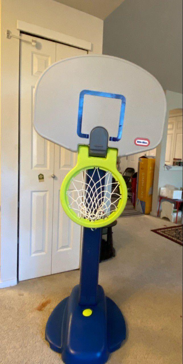 Little Tikies 5 Height  Adjusteable Basketball