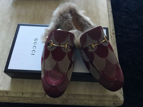7c22d68ded92 Gucci Für Slippers for Sale in Los Angeles